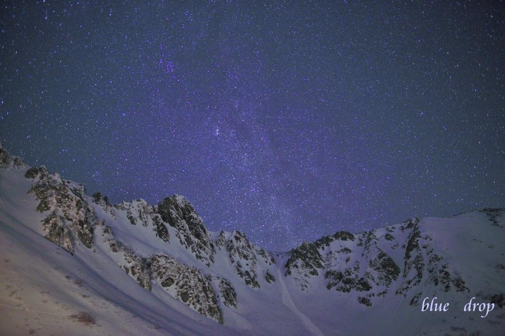 宝剣岳と星々