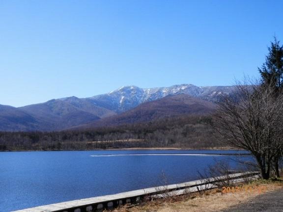 初冬のバラギ湖