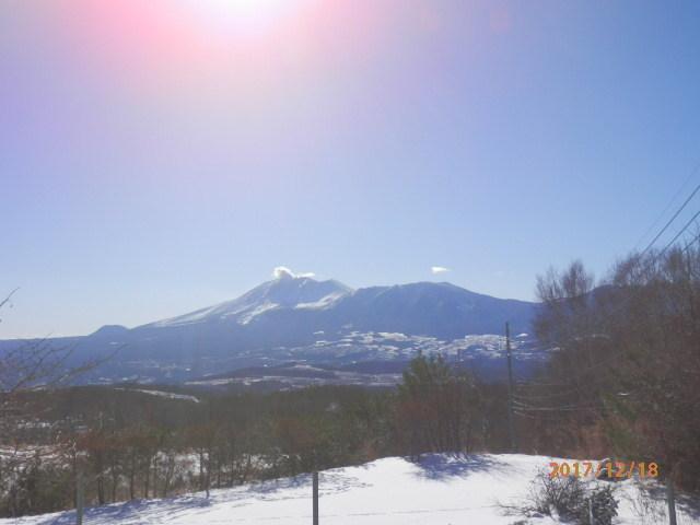 宿からの浅間山です。