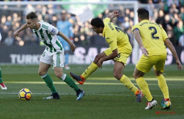 17-18_J22_Betis-Villarreal01s.jpg