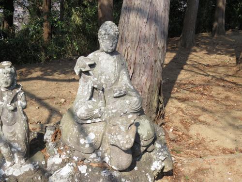 成田山石仏-9