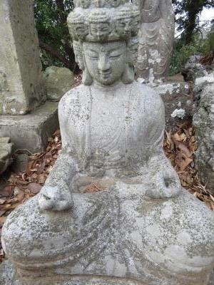 成田山石仏-36