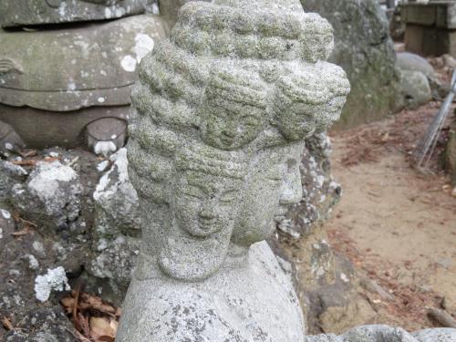 成田山石仏-39