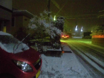 1.8雪が降り出した