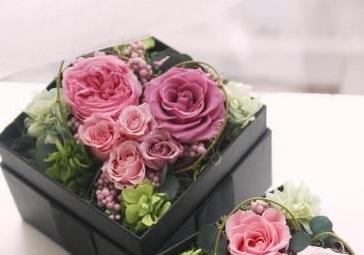a5d4cf368cb89ed0cb90c4f2e652878e--hoa-preserved-flowers - コピー
