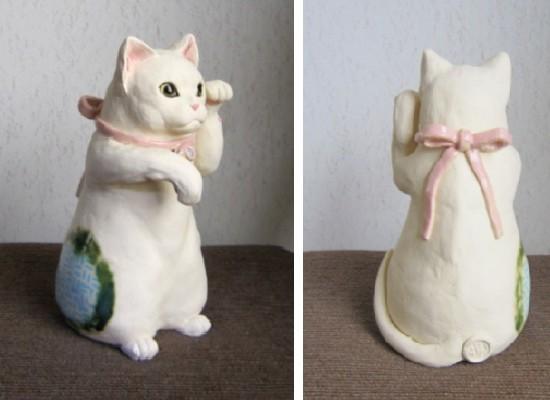 ピンクのリボンの猫#めいこ #ネコ #猫 #陶器 #陶猫芸家#招き猫