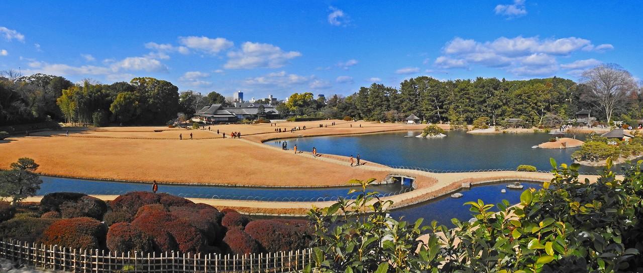 20180102 後楽園今日の唯心山頂上から眺めた園内ワイド風景 (1)