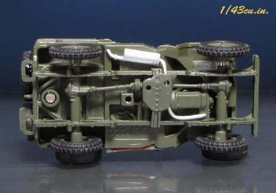 Schuco_MB_Jeep_07.jpg