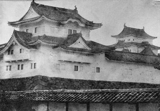 Nagoya_Castle正面が辰巳櫓