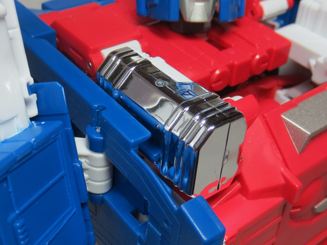 MP22_ULTRA_MAGNUS_a_23.jpg