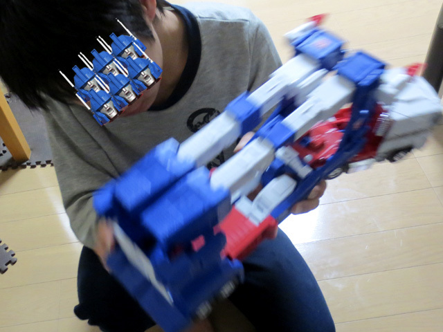 MP22_ULTRA_MAGNUS_a_48.jpg