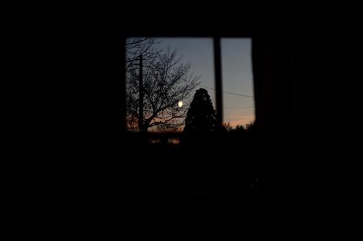 小屋窓から