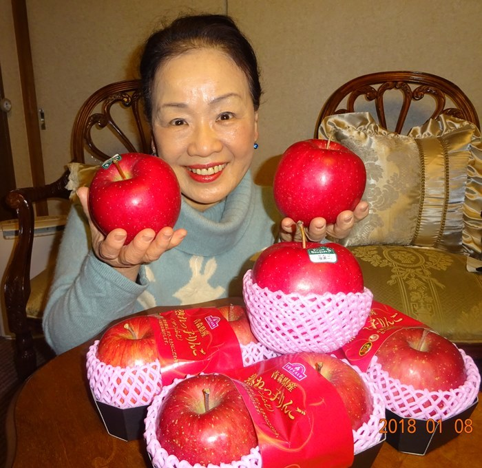DSC01007世界一リンゴ
