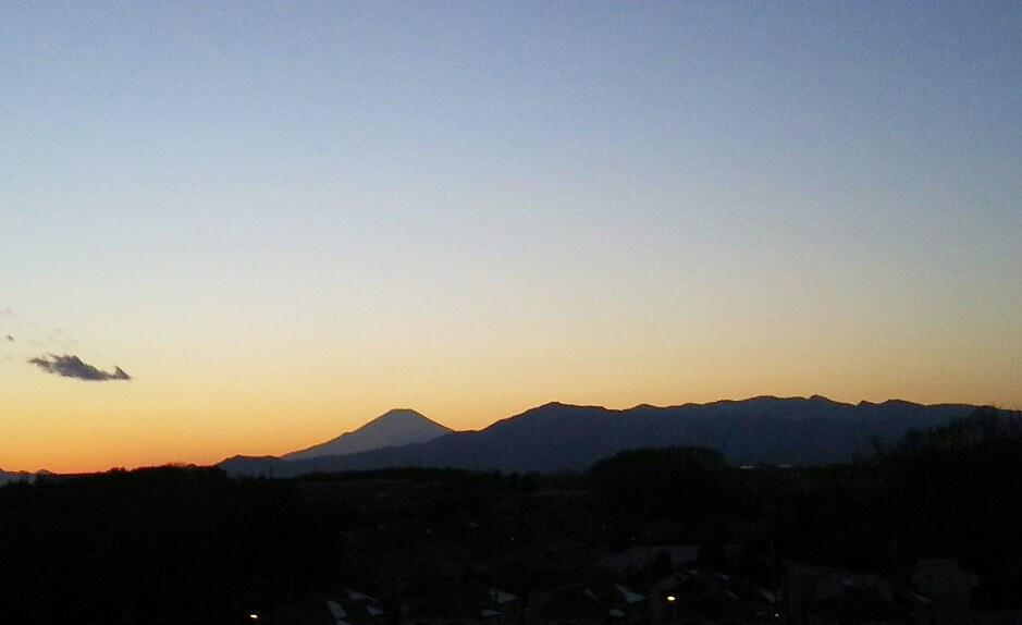 DSC_0115-1024x576富士山シルエット