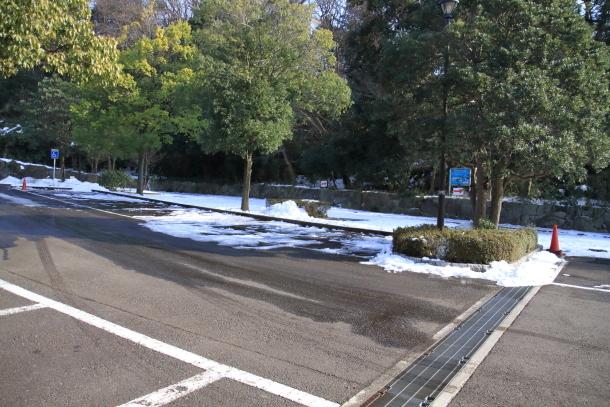雪のふるさと公園00039307