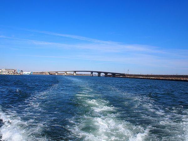 佐久島へ向けて出港