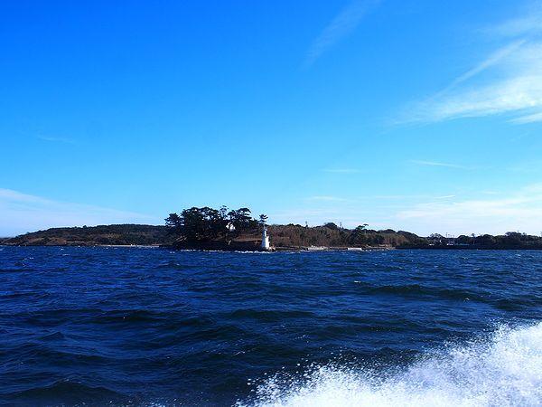 佐久島に接近