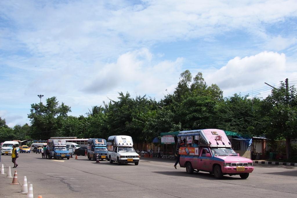 ■ Ubon Ratchathaniから国境のChong Mekまで / ラオス国境越え その3