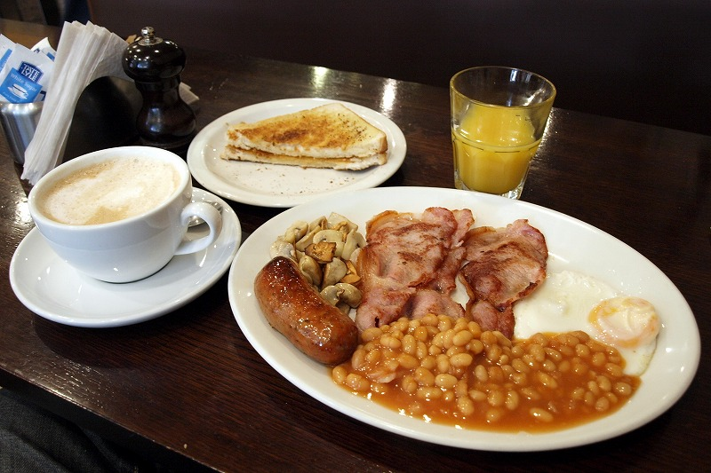 ■ 英国朝食 (イングリッシュ ブレックファースト)