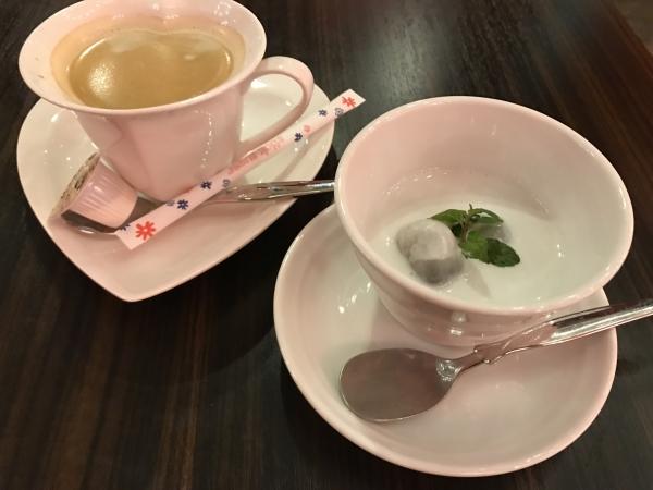 タイ フード ラウンジ ディー(Thai Food Lounge DEE) 心斎橋本店 (16)