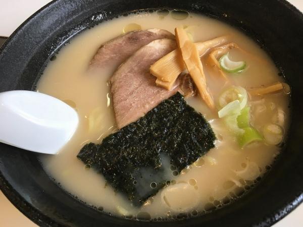2017-09-03 食堂こやま、とんこつラーメン