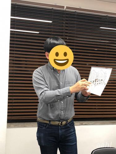 韓国のお正月料理について絵を描いて説明してくれた韓国人メンバー
