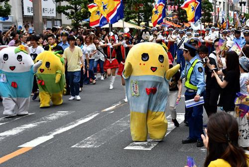 パレードに特別参加したふなっしー。