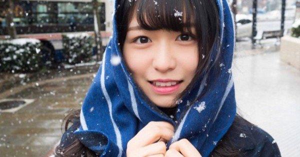 長濱ねる 雪 2018 冬 長崎駅前