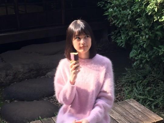 生田絵梨花 2017→2018 冬の景色 石焼き芋