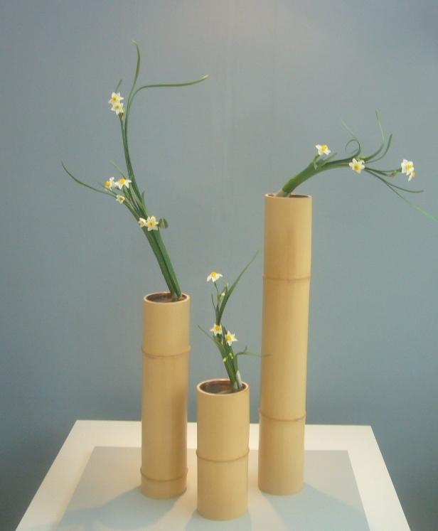 青竹と水仙