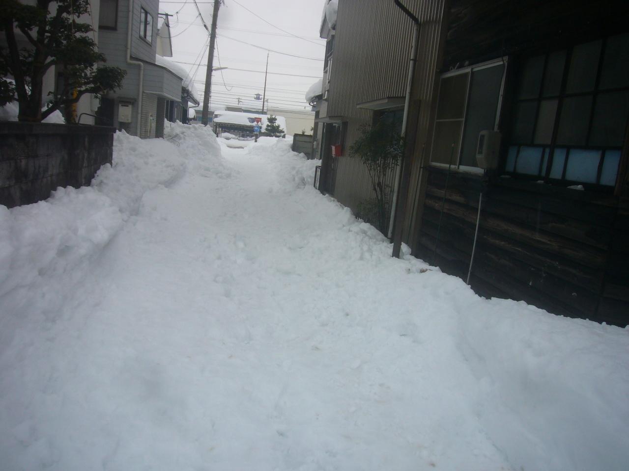 路地裏の雪 H30.2.10