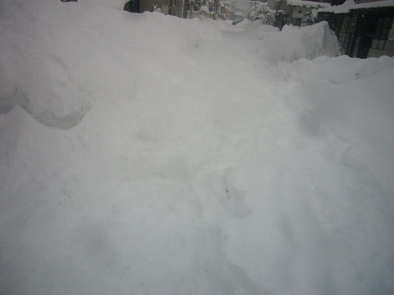 雪の車道 H30.2.13