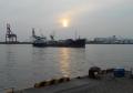 築港の夕日