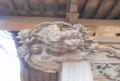 柱の彫刻①