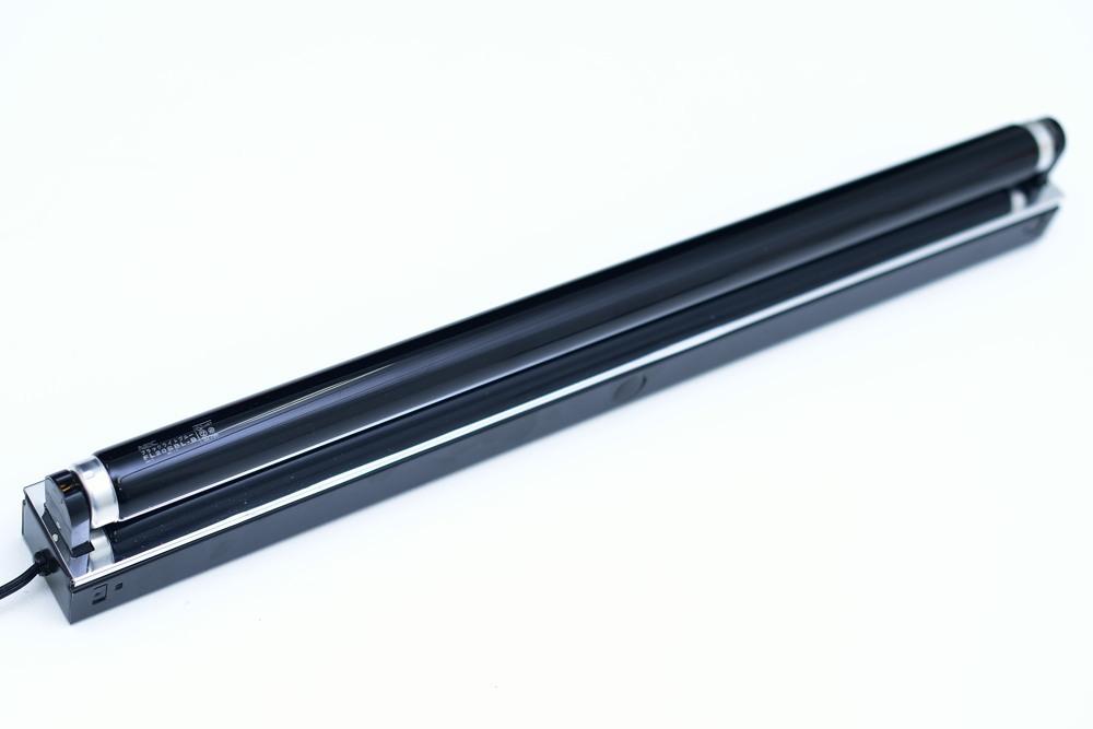 ブラックライト02