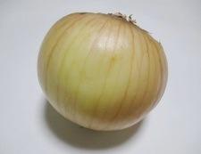 玉ねぎベーコン 材料②