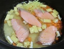 甘塩鮭の炊き込みご飯 調理④