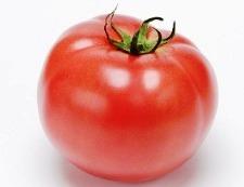 トマトとわかめ 材料①