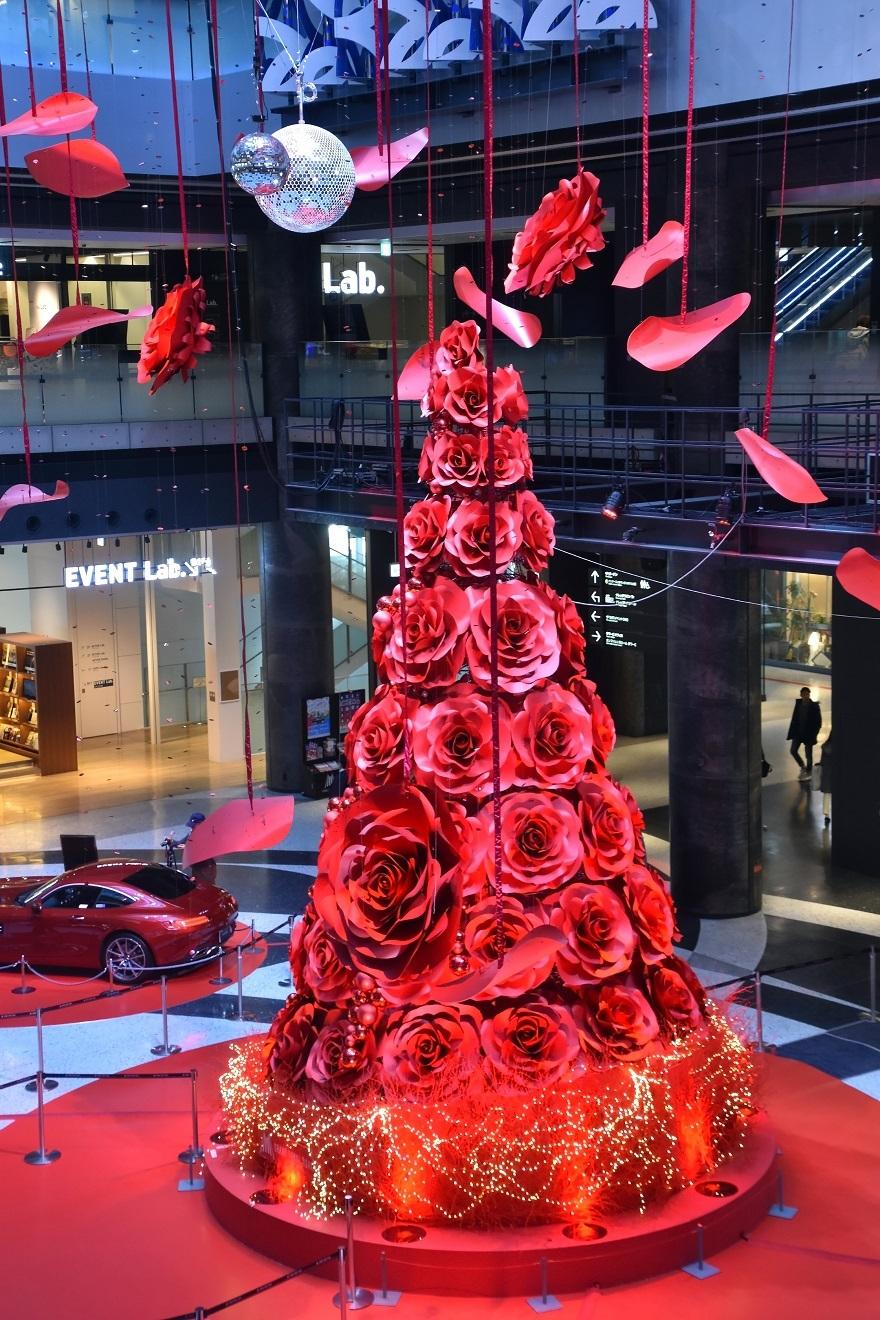 赤いクリスマスツリー (9)