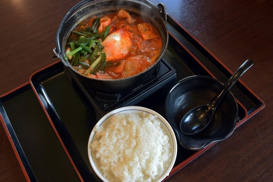 豚肉キムチ鍋 (0)