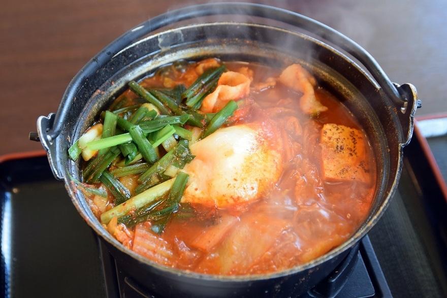 豚肉キムチ鍋 (2)