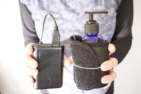 ホットウォーマーと充電器