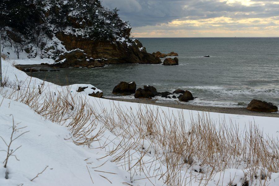 雪の海岸へ-2