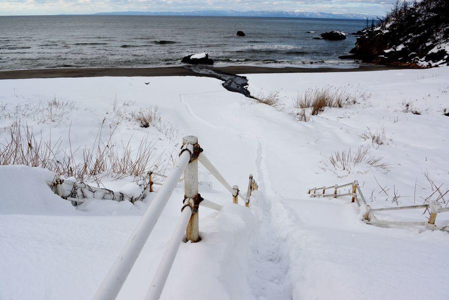 雪の海岸へ-3