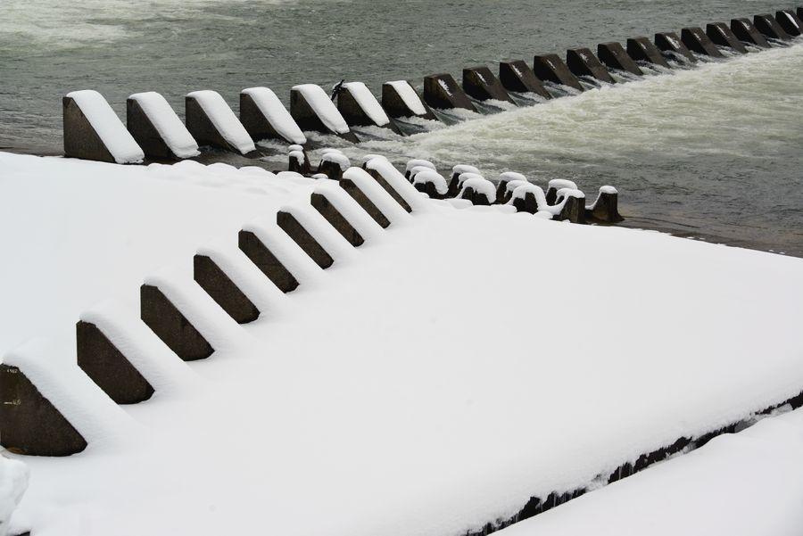 雪の堰-3