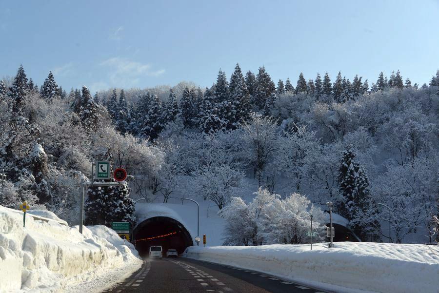 冬の関越を走る-1
