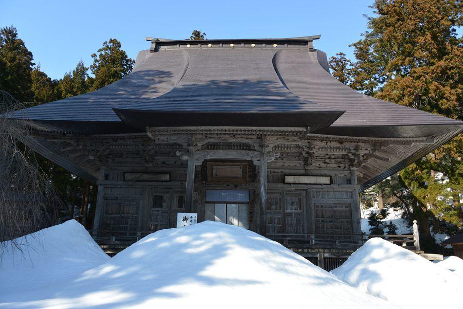 国上寺 残雪-2