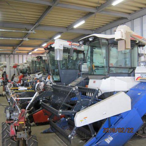 農機の展示場