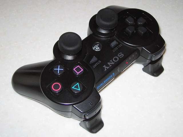 PS3 コントローラーに操作性が向上するアタッチメントを装着してみました