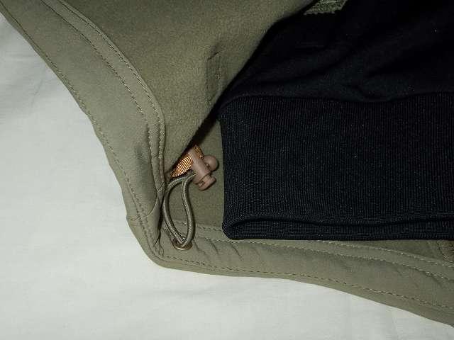 UnitedAthle ユナイテッドアスレ 7.0オンス ジャージ ラグランスリーブ ジャケット 1995-01 9830 ブラック/レッド/ホワイト Mサイズ、AIKOSHA ソフトシェル タクティカルジャケット M サイズ カーキ 組み合わせ、裾の長さチェック